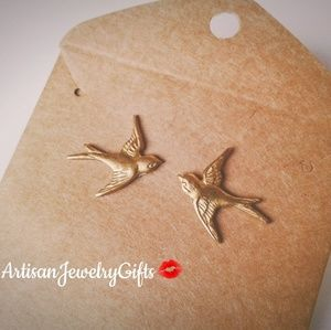 COPY - Hypo-Allergenic Gold Sparrow Stud Earrings